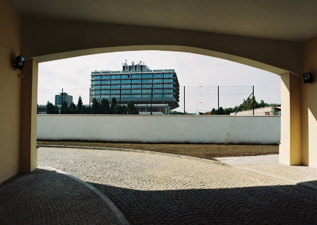 Novostavba skladové haly v obchodně-administrativním areálu Vokovice – Evropská, Praha 6