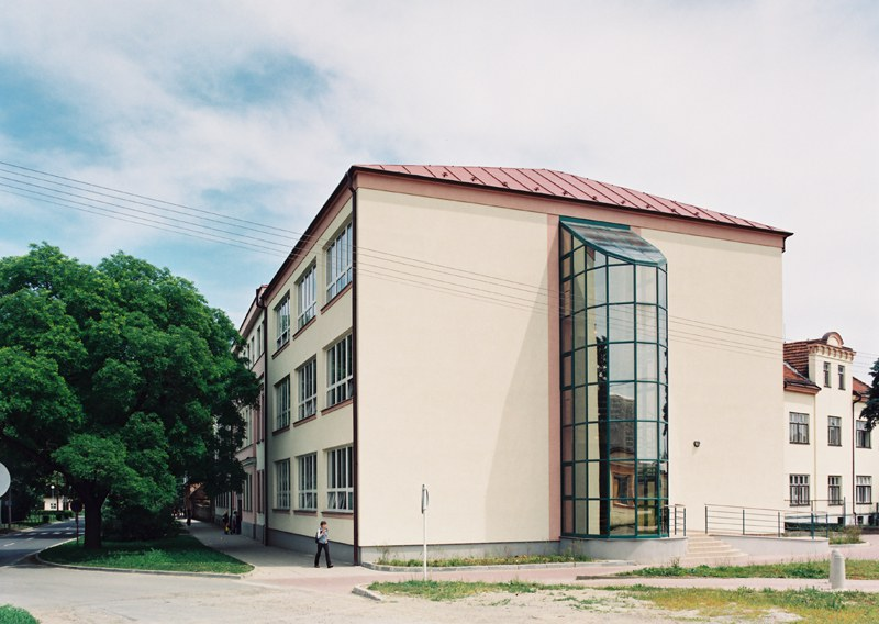 Přístavba učeben a hřiště Gymnázia Kojetín
