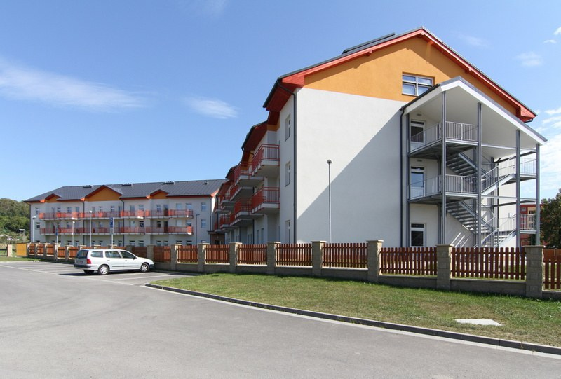 """Centrum pro seniory """"Zahrada"""" – novostavba pro město Bystřice pod Hostýnem"""