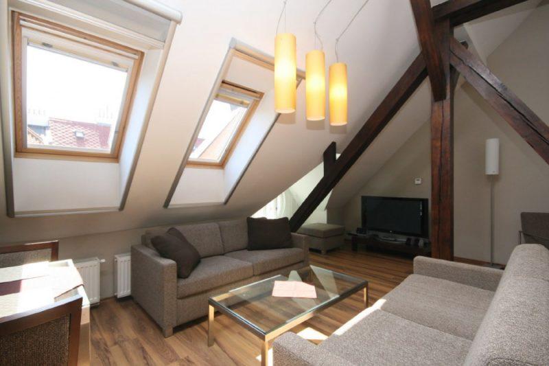 Rekonstrukce bytového domu Vězeňská 7, Praha 1