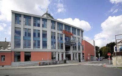 Multifunkční vzdělávací, komunitní a kulturní centrum Fabrika